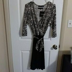 NWT Leota 3/4 Sleeve Wrap Dress